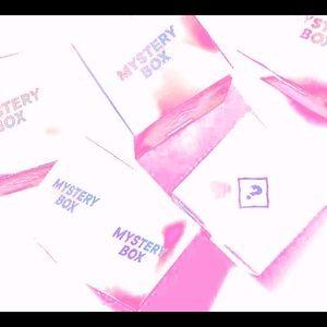 ☁️🕊 White Themed Mystery Box! 🕊☁️